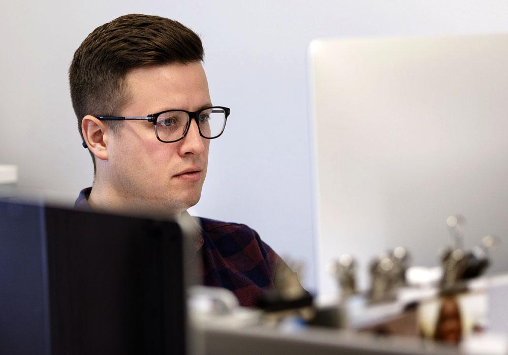 Iain Thompson at work